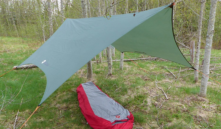 using a backpacking tarp